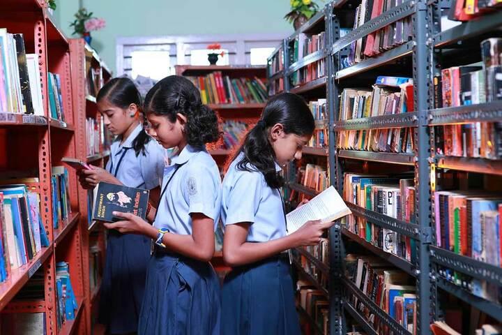 Chinmaya Vidyalaya-Library