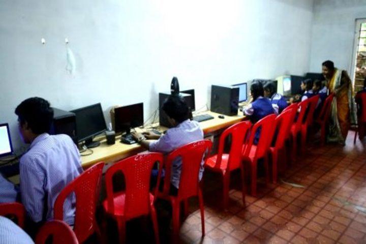 Christhuraja Public School-Computer Lab