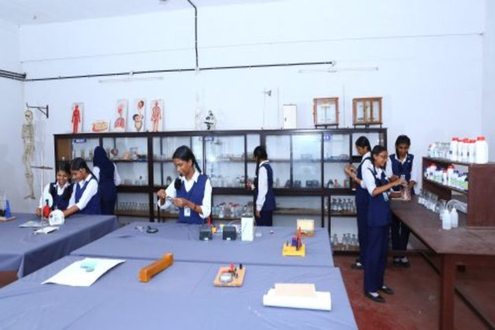 Christhuraja Public School-Science Lab