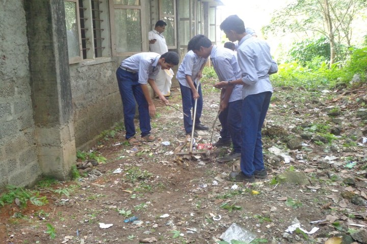 Christhuraja Public School-Swatch Bharath Activity