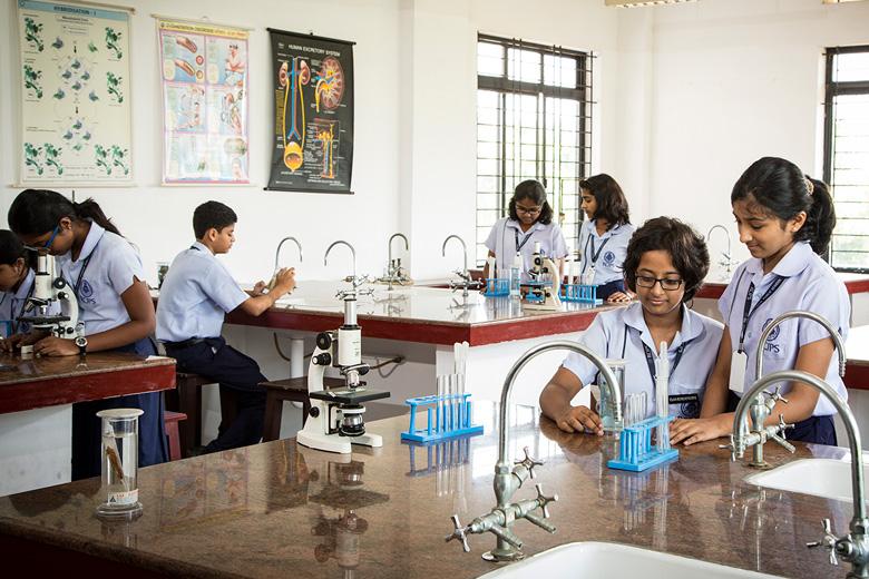 Rajagiri Christu Jayanthi Public School-Biology Lab
