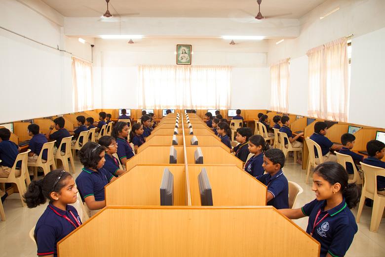 Rajagiri Christu Jayanthi Public School-Computer Lab