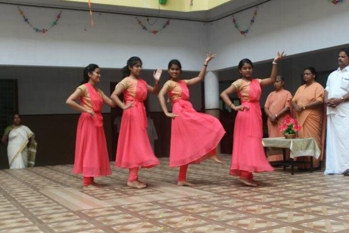 Cluny Public School-Dancing Activity