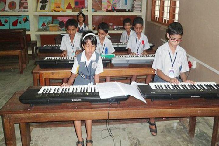 Cluny Public School-Music Room