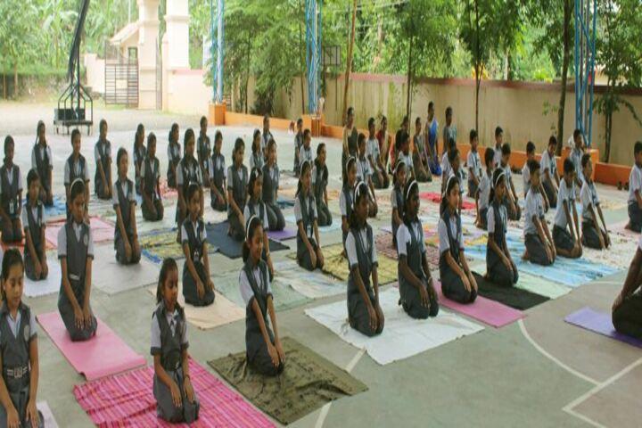 Cluny Public School-Yoga Day