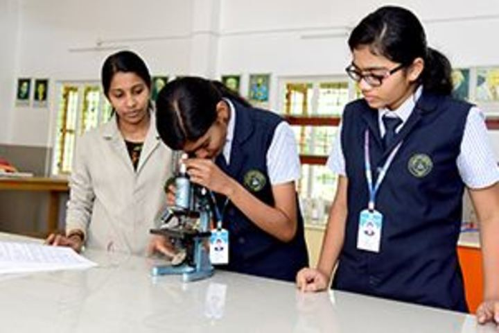 CMI Christ School-Biology Lab