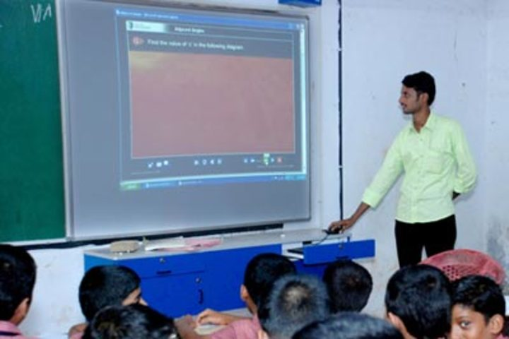Crescent Central School-Smart Classroom
