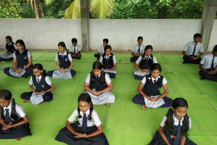 Cross Land Public School-Yoga Day