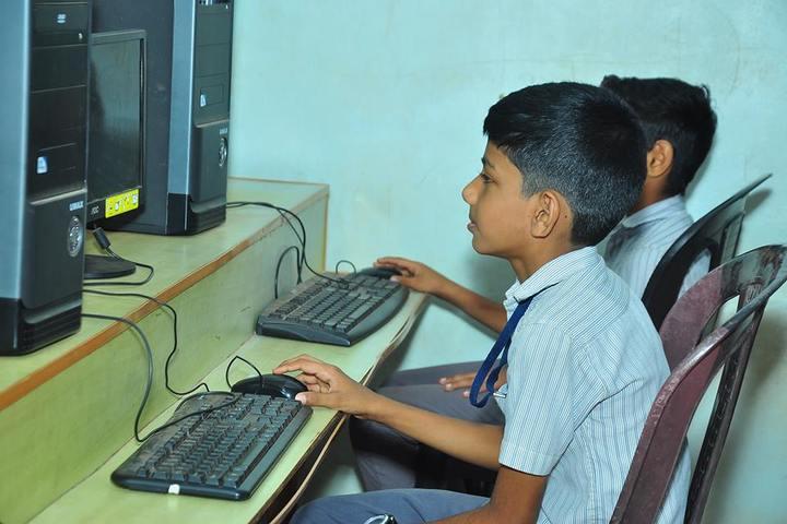 Darul Hikam Residential School-Computer Lab