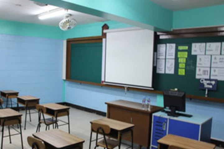 Darussalam English School-Classroom