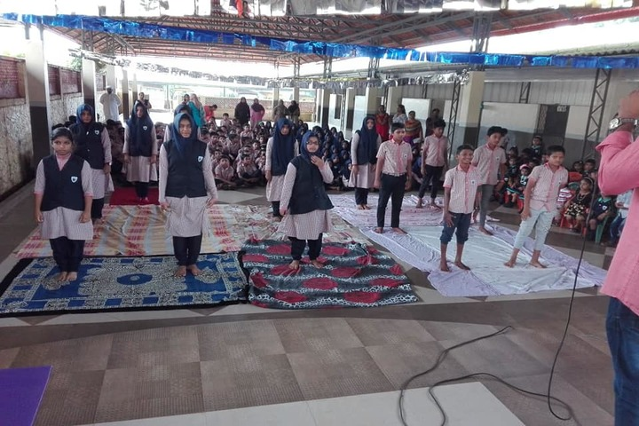 Darussalam English School-Yoga Activity