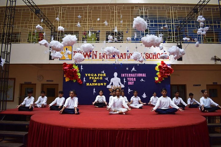 Dawn International School-Yoga Day