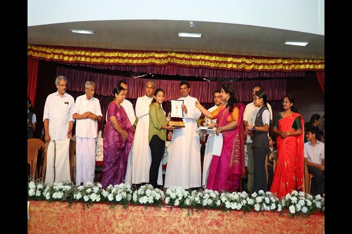 Devamatha CMI Public School-Awards days