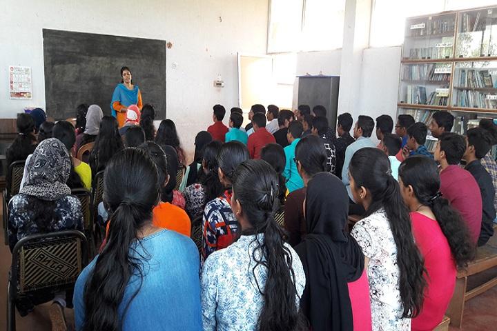 Fazl-E-Omar Public School-class