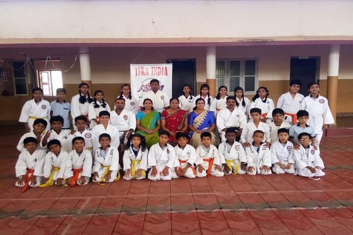 Fazl-E-Omar Public School-Karate team