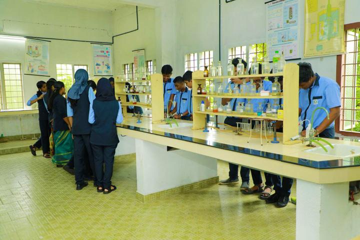 Hira Public School-Chemistry Lab