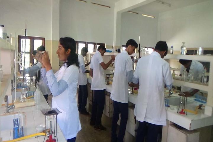 Holy Cross Convent School-Chemistry Lab