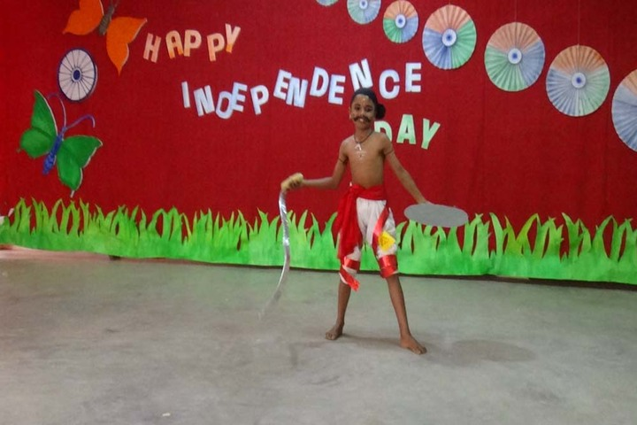 Holy Cross Convent School-Independence Day