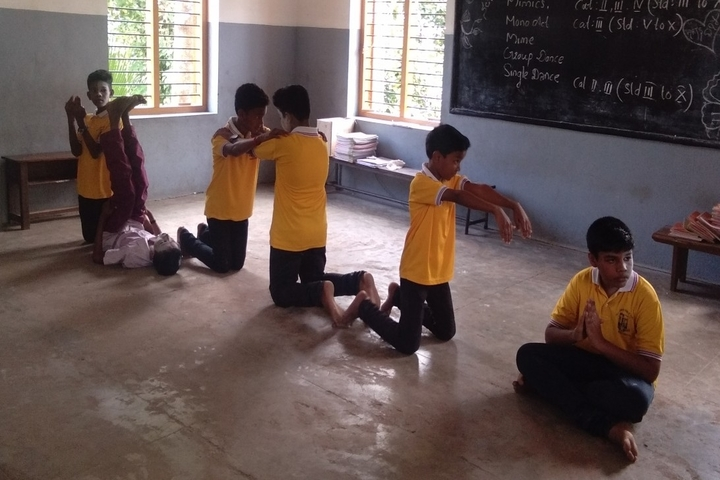 Holy Cross Public School-Activity
