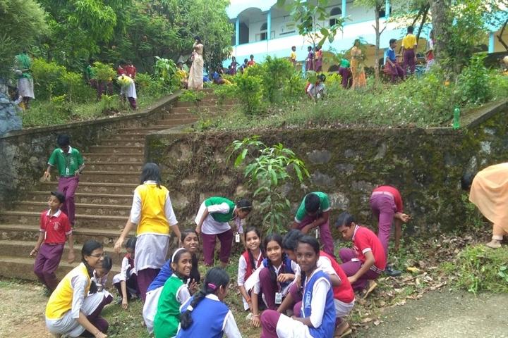 Holy Cross Public School-Earth Day
