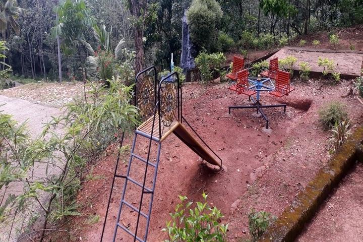 Holy Cross Public School-Play Area