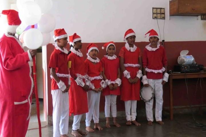 Holy Cross School-Christmas Celebration