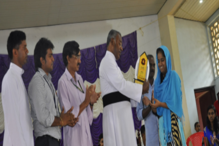 Holy Face School-Prize Distribution