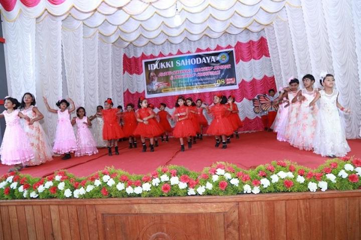 Holy Family Public School-Group Dance