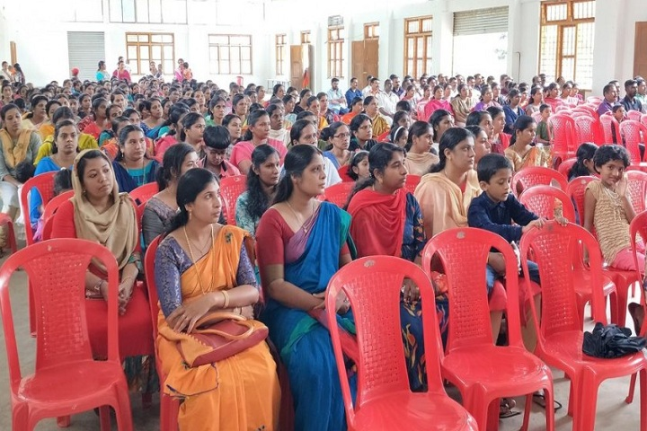 Holy Family Public School-Parents Meeting