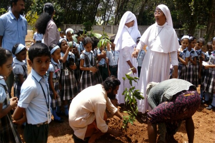 Joe Mount Public School-Plantation Day