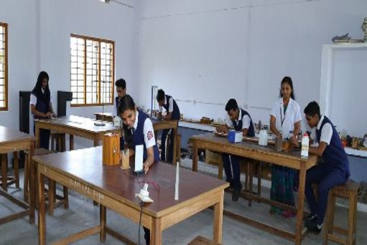 K P M Model School-Physics Lab