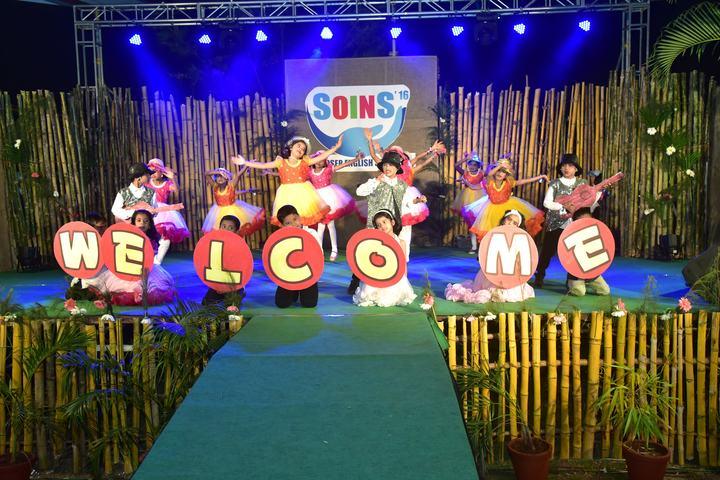 Kaoser English School-Dance Activity