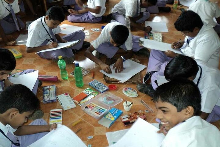Kaviattu English Medium School-Drawing Competition