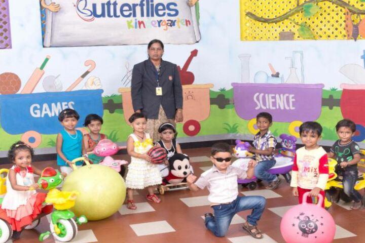 Koppam English Medium School-Playarea