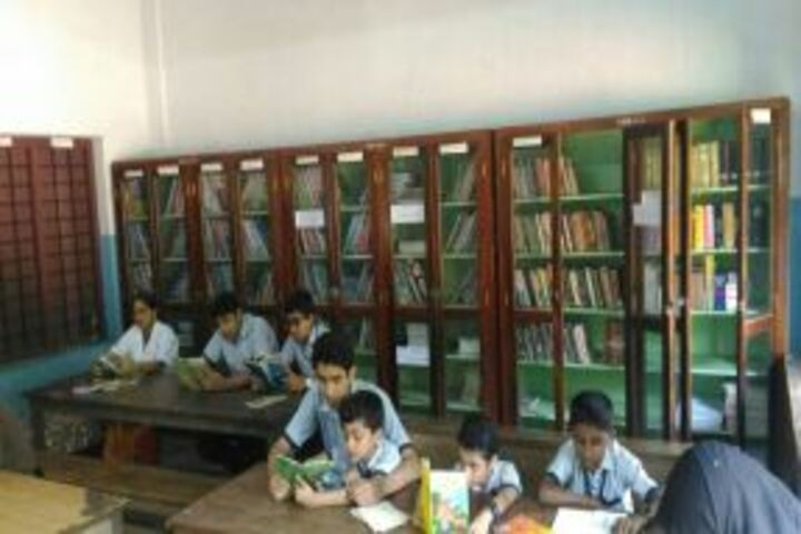 Koyyappathodi Darul Uloom English Medium School-Library