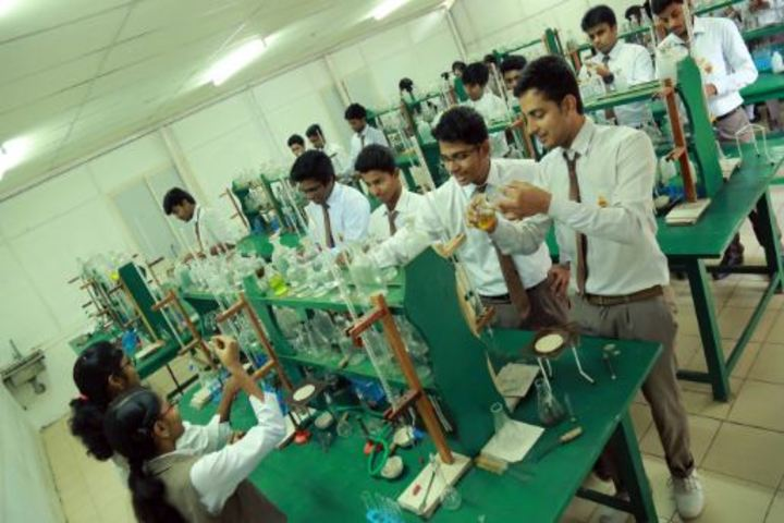 Lake Ford School-Chemistry Lab