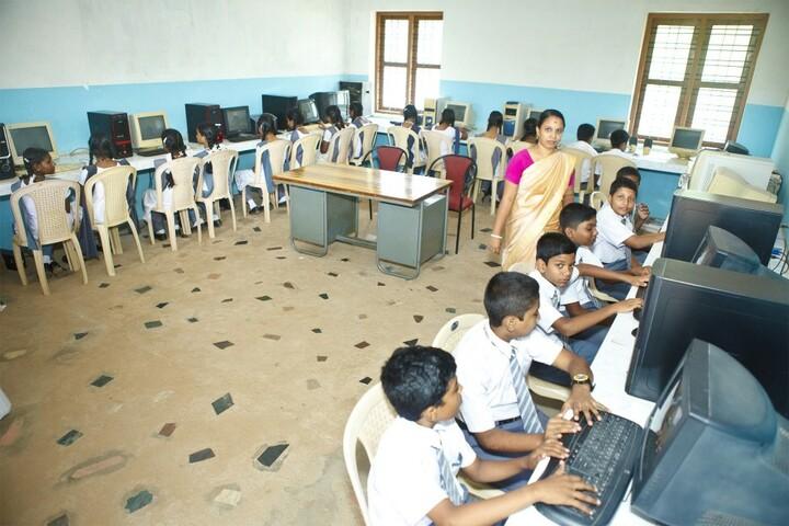 Lord Krishna Residential Public School-Computer Lab