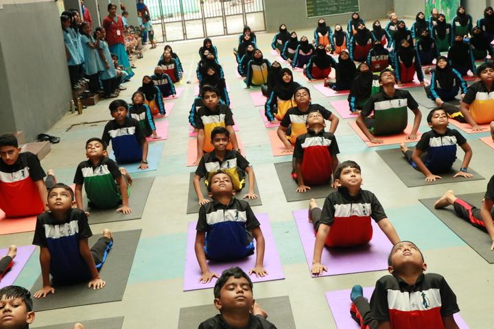 Minhajul Huda English School-Yoga