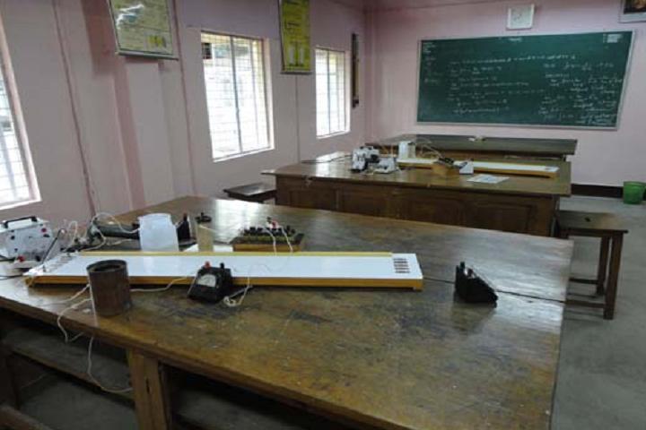Modern High School- Physics Lab