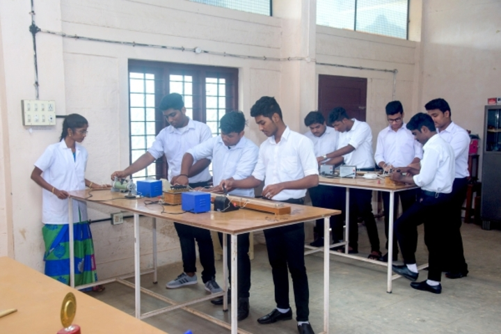 Mst Public School-Physics Lab