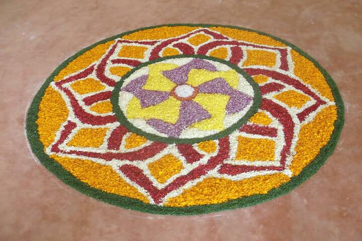 Narikkuni English Medium School-Onam Celebration