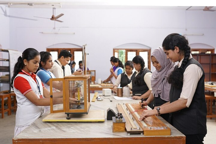 National Central School-Physics Lab