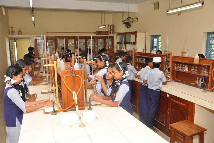 Nehru Memorial Public School-Chemistry Lab