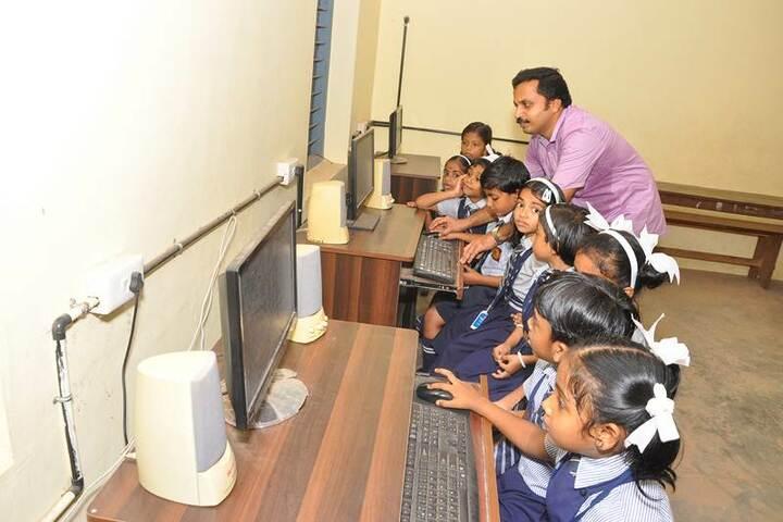 Nehru Memorial Public School-Computer Lab