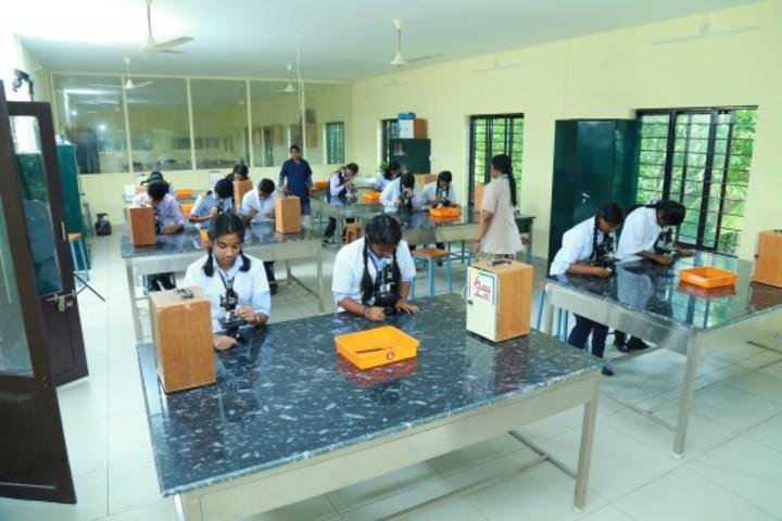 Oonianthala Eapen Memorial Public School-Biology Lab