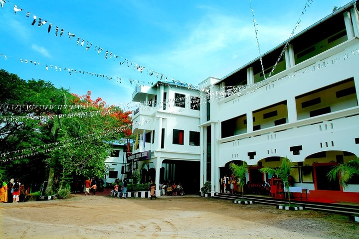Pushpagiriyil Central School-Campus View