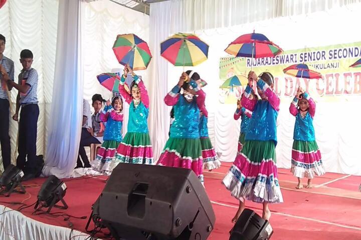 Raja Rajeswari Central School-Dance