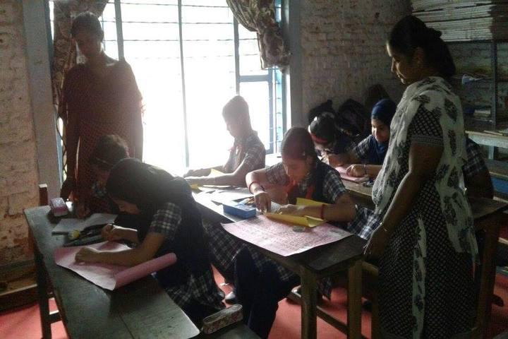 River De International School-Classroom