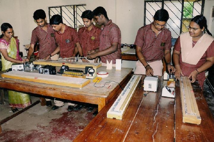 S D P V Central School-Physics Lab