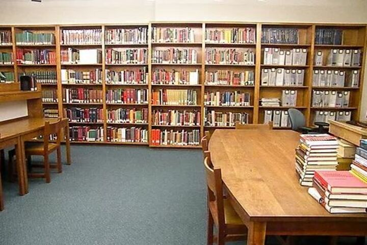 S S V M Residential Central School-Library